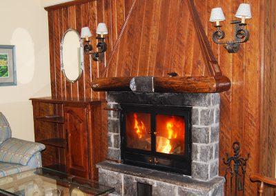Salón, hogar y comodidad en Hotel en Jaca Pirineos - Hotel A Boira