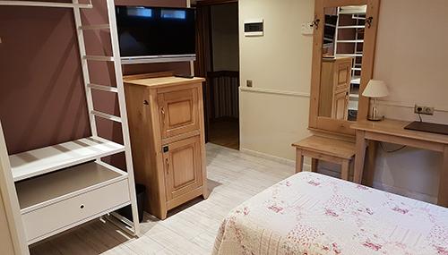 Hotel A Boira Jaca Habitación Familiar (2 adultos + 2 niños)
